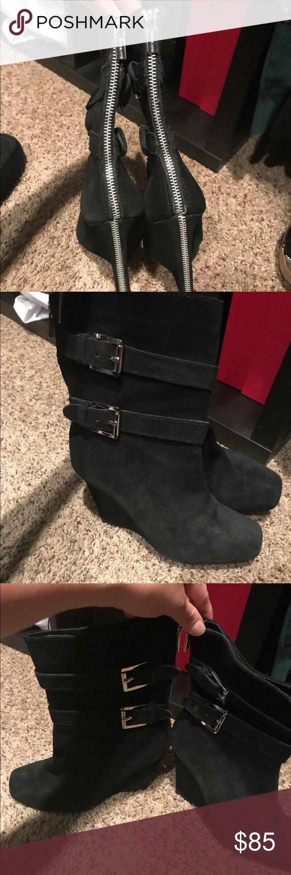 Michael kors parker wedge boots 7 Michael kors parker wedge boots 7 Michael Kors Shoes Wedges