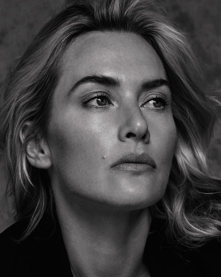 Kate Winslet On Instagram Themarioncotillard You Are Amazing Haha Katewinslet Kate Winslet Portrait Beauty