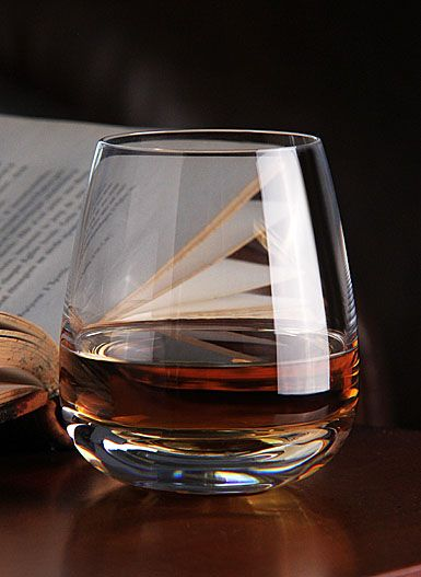 single malt scotch. . .now your talking! #scotch #LiquorList www.LiquorList.com @LiquorListcom