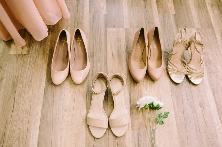 Wedding Morning / Wedding Shoes / Strappy Heels / Bridesmaid Shoes / John and Saara's Wedding. Photography by Maria Hedengren.