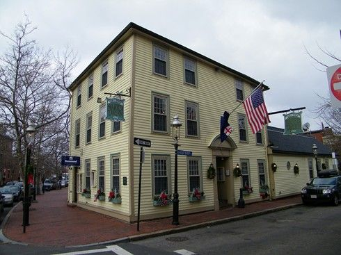 Exterior of the Warren Tavern in Charlestown, MA as seen in American Public House Review