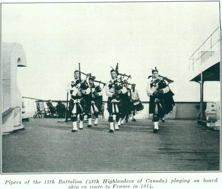 48th Highlanders pipers, playing while boarding ship (1914)