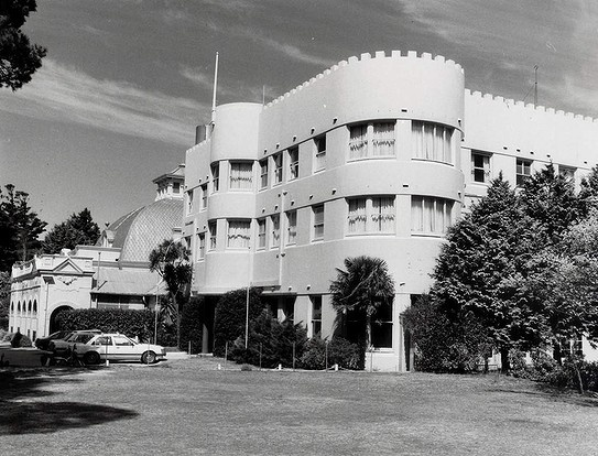 Facade of the Hydro Majestic Hotel at Medlow Bath. 1986