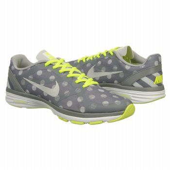 Nike Women's DUAL FUSION TR training shoes. #running