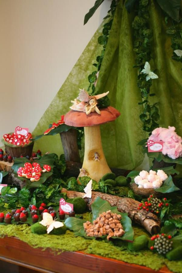 Enchanted Forest Woodland Fairy Girl Birthday Party Planning Ideas... I love the leaves for serving dishes.