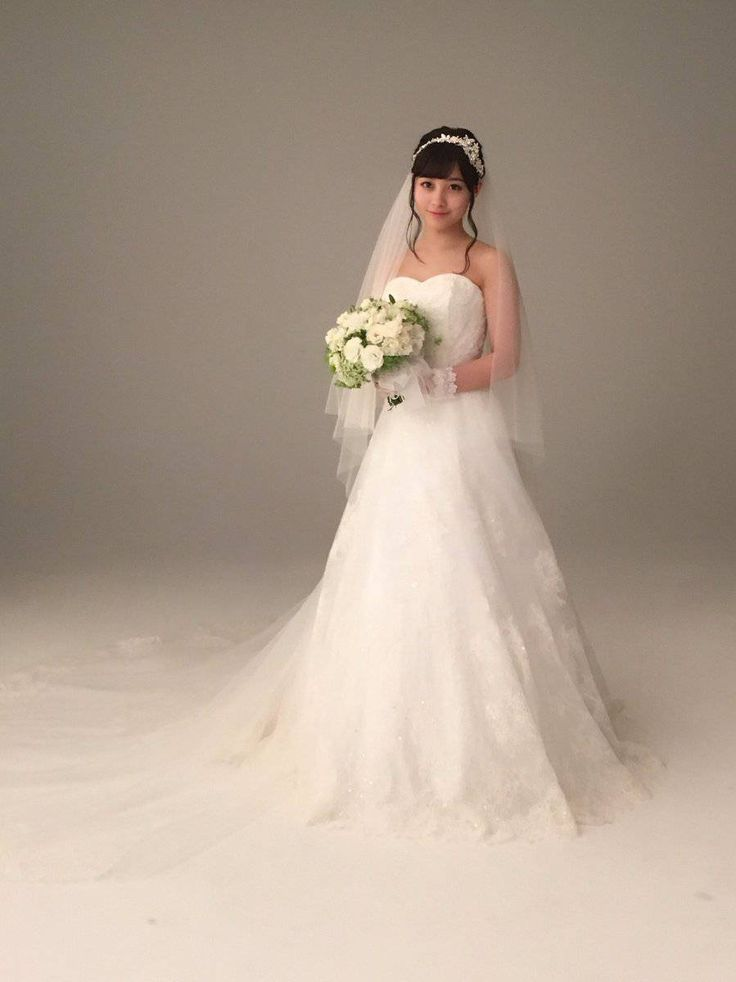 橋本環奈ちゃんのウェディングドレス姿wwwwwwwwwwww