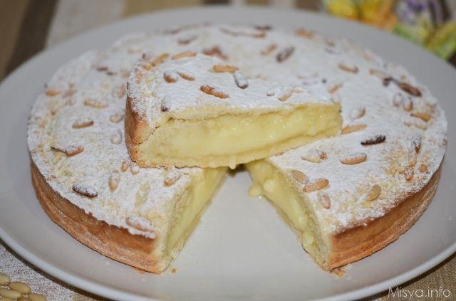 Torta della nonna, scopri la ricetta: http://www.misya.info/2012/10/02/torta-della-nonna.htm