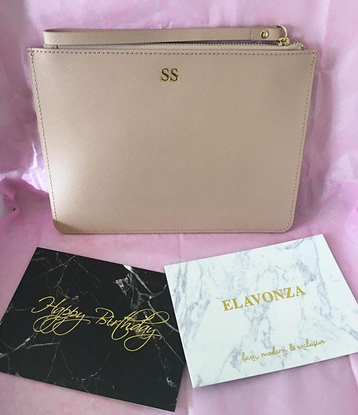 The ever classic taupe colour with gold monogram of our luxe Elavonza leather pouches makes the perfect gift for someone special or yourself 😍✨ shop here www.elavonza.com or link in bio