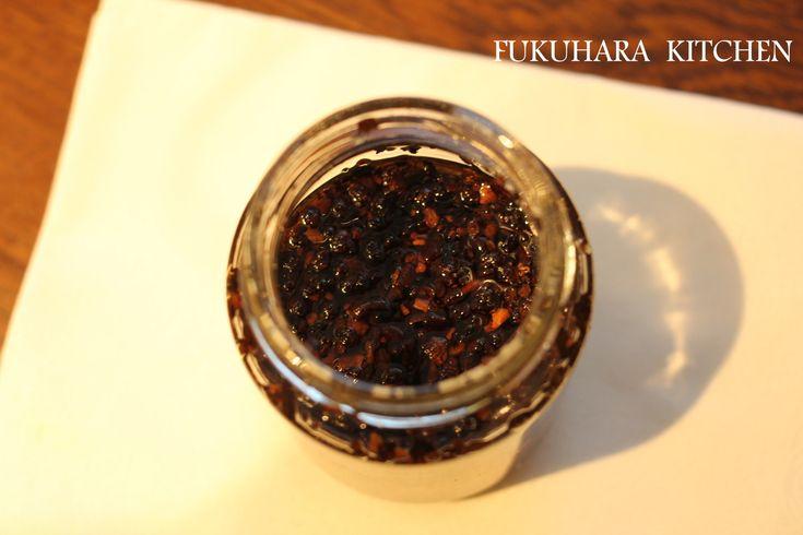 本気の麻辣油 by ゆりりん / 市販のラー油は辛さはあっても、香りが薄い気がする…この麻辣油は唐辛子の香りと花山椒の香りが相まってとても美味しい!やみつく辛さです。 / Nadia