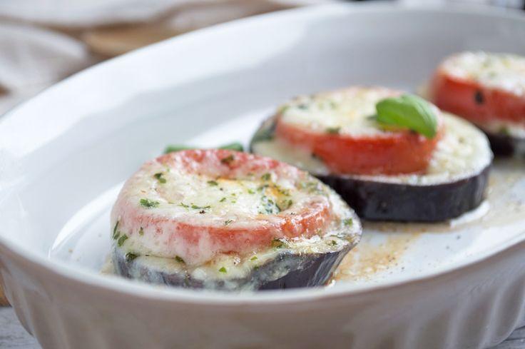 Gebackene Auberginen sind eine köstliche Beilage zu gegrilltem Fleisch. Ein ideales Rezept für Trennkost-Fans.