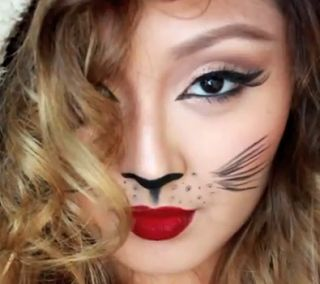 easy cat Halloween makeup style for girls