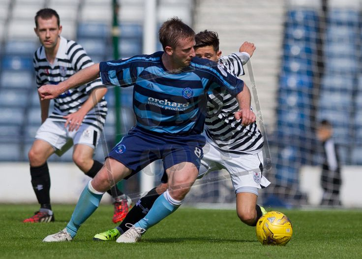 Forfar's Bryan Hodge takes on the Queen's defence.