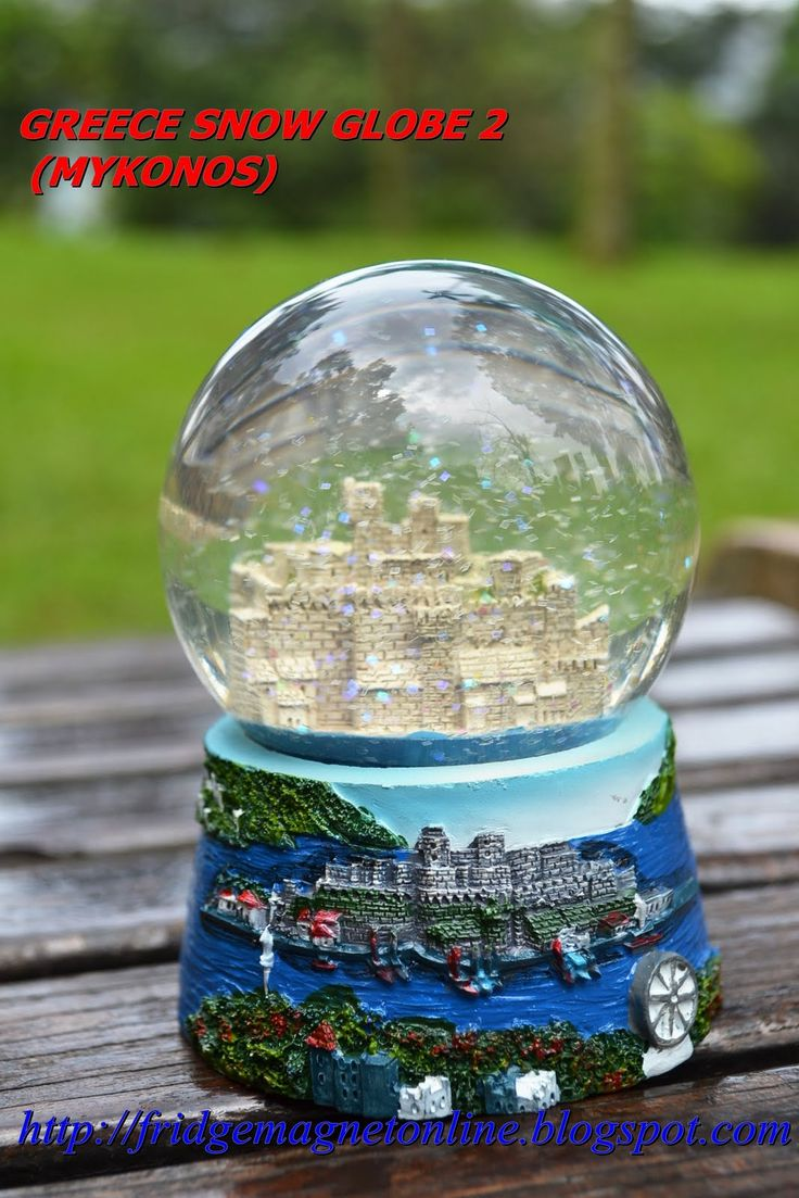 112 Bolas De Neve Images Pinterest Snow Globes Water Greece