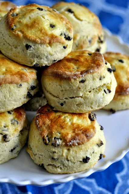British-Style Currant Scones Taste As You Go adapted from Cooks Illustrated