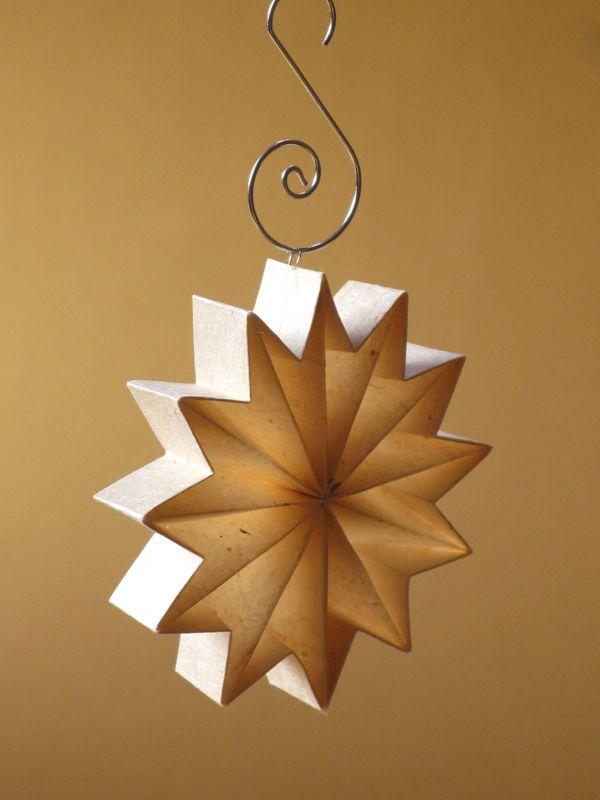 Leporello origami star from washi paper