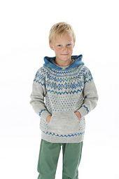 Genser med tradisjonelt norsk mønster strikket i flerfarget garn, rundfelling, hette og lomme midt foran