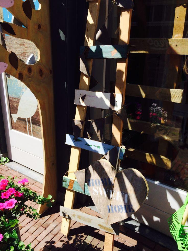 Bikkel Wonen, vet stoere decoratie ladders van sloophout, Zoethout Hattem
