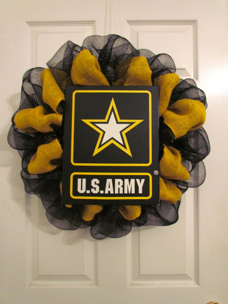 Army Deco Mesh Wreath  *Again I'd do this to match Hubby's MOS*