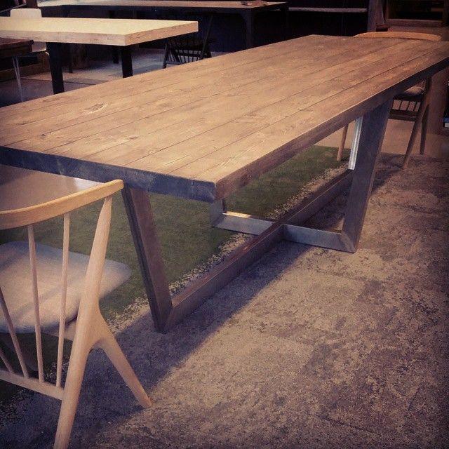 #matrix bord 300x100 #allemål  #håndlagetavoss #barefordeg #bærekraftig #kortreist www.drivved.no #sibast8 stoler Alt er tilgjengelig i webshop.
