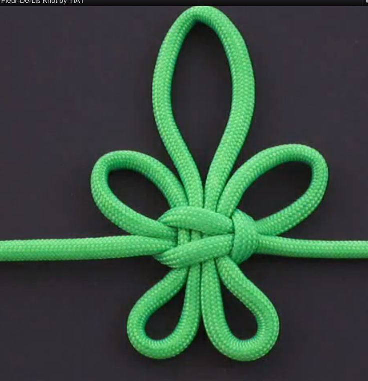 Fleur-de-lis knot by Tying It All Together    Many people think of the fleur-de-lis as a symbol for New Orleans, but it is also a symbol ...