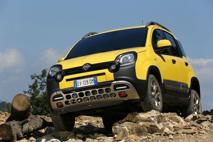 """Fiat Panda Cross 1.3: So klein und schon Geländewagen - Fiat hat seinen Panda zum """"Cross"""" aufgeblasen. Putzig – und durchaus praktikabel. Zum Auto-Test: http://www.nachrichten.at/anzeigen/motormarkt/auto_tests/Fiat-Panda-Cross-1-3-So-klein-und-schon-Gelaendewagen;art113,1616389 (Bild: Fiat)"""
