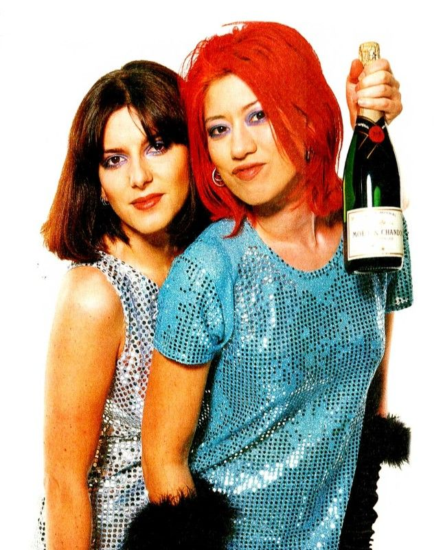 Lush – Live At Electric Ballroom – 1996 – Nights At The Roundtable: Concert Edition – Past Daily – Caption: Emma and Miki: They're back. http://pastdaily.com/wp-content/uploads/2015/09/Lush-Live-At-Electric-Ballroom-April-31996.mp3 – Lush – Live At Electric Ballroom, Camden – April 3, 1996 – BBC 6 Music – With the great news earlier today... #amusementpark #arcticmonkeys #artexhibition