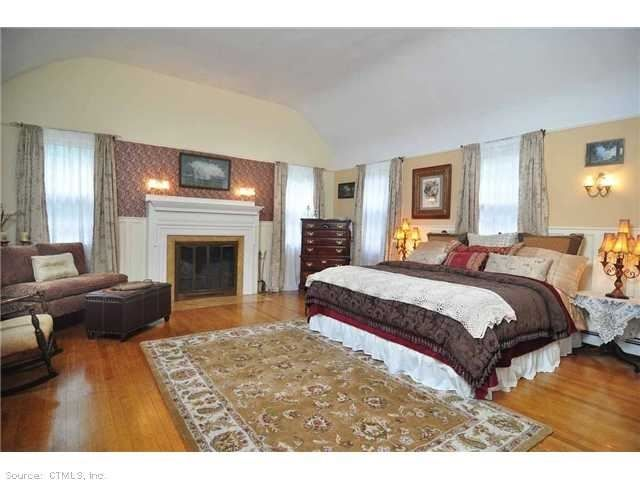 53 lakes rd bethlehem ct 06751 1739 cirrca owners took great care