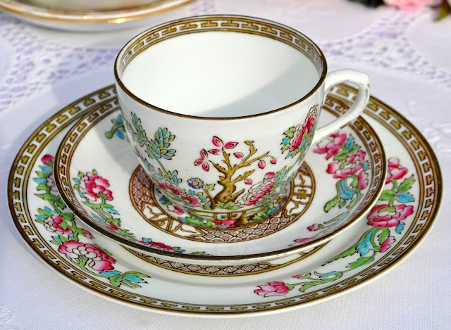 Antique Anchor China 'Indian Tree' Teacup Trio