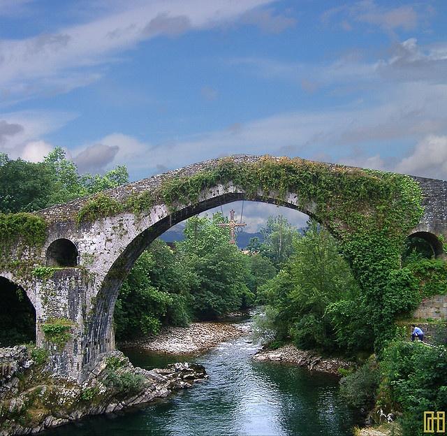 Roman Bridge  © Cosme D. Churruca
