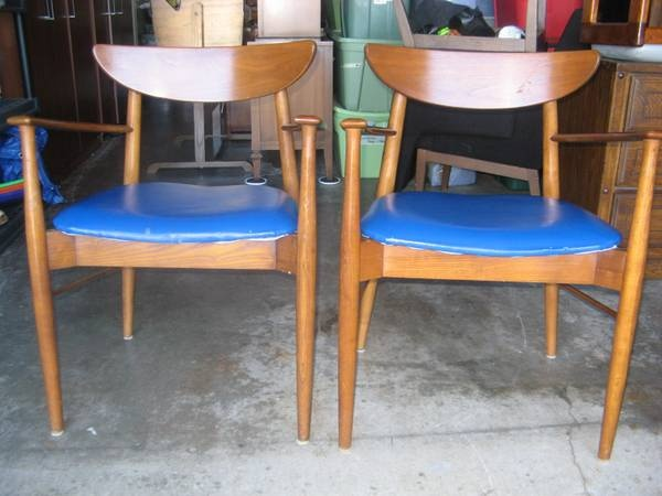Seattle  Mid Century Peter Hvidt    style wood chairs set of 2. 186 best Seattle Listings images on Pinterest   Seattle  Vintage