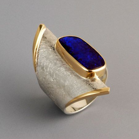 About loving rings – Janet Carr @