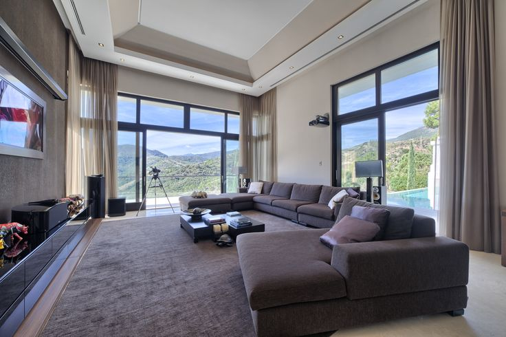 Amazing Contemporary Family Home with Mountain & Golf Views | Asking Price €4.9M | Beds:5 | Baths:5.5 | Built:722m2 | Plot: 4.828m2 https://butterflyresidential.com/en/show/sale/29919/