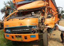 Truk Mitsubishi Fuso Kecelakaan Jakarta - Berkat GPS, Lokasi kecelakaan truk bisa diketahui dengan cepat dan GPS masih berfungsi dengan baik. Salah satu truk Mitsubishi Fuso dari klien IntelliTrac GPS Tracker mengalami kecelakaan yang cukup