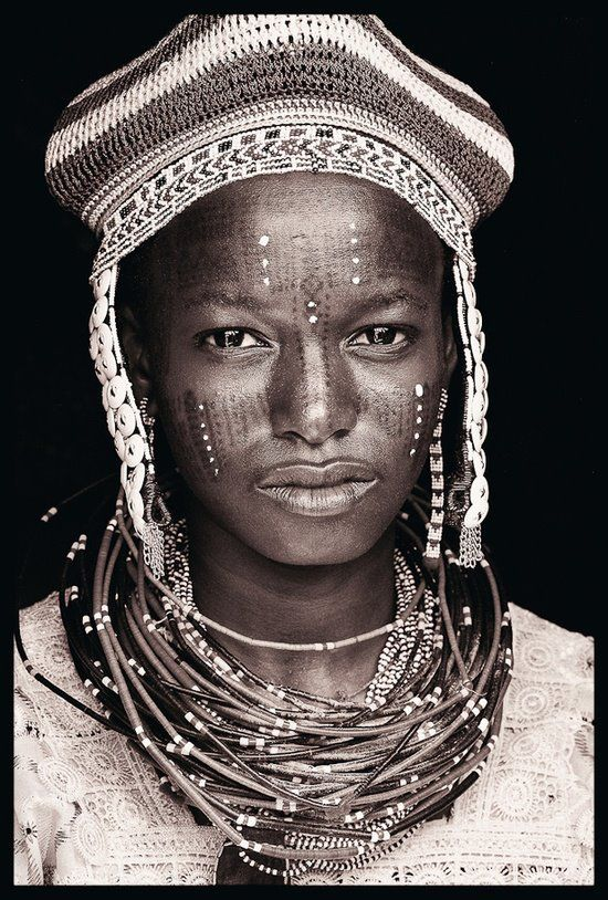 Célèbre Les 25 meilleures idées de la catégorie Portrait de femme sur  BB09