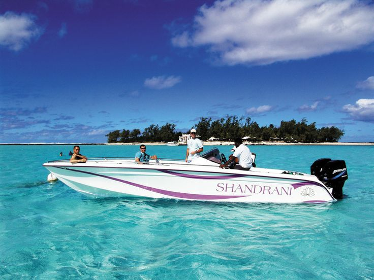 Set on the rugged south-east coast of the island on a secluded peninsula lapped by magnificent Blue Bay Marine Park and facing Île-aux-Aigrettes natural reserve, Shandrani Resort & Spa boasts three immaculate private beaches. http://www.concierge-hotels.com/accommodation-mauritius/hotels/beachcomber-shandrani-resort-and-spa-17 #Mauritius #Hotel