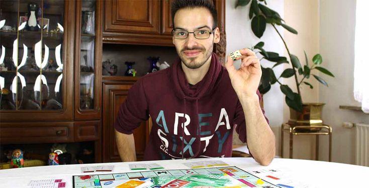 Patrick vloggt: Gesellschaftsspiele - Ob Quizzer, Witzbold oder Kreativkopf - bei einem Spieleabend haben sie alle Spaß. Pointer-Vlogger Patrick gibt dir einen Einblick in seine liebsten Gesellschaftsspiele.