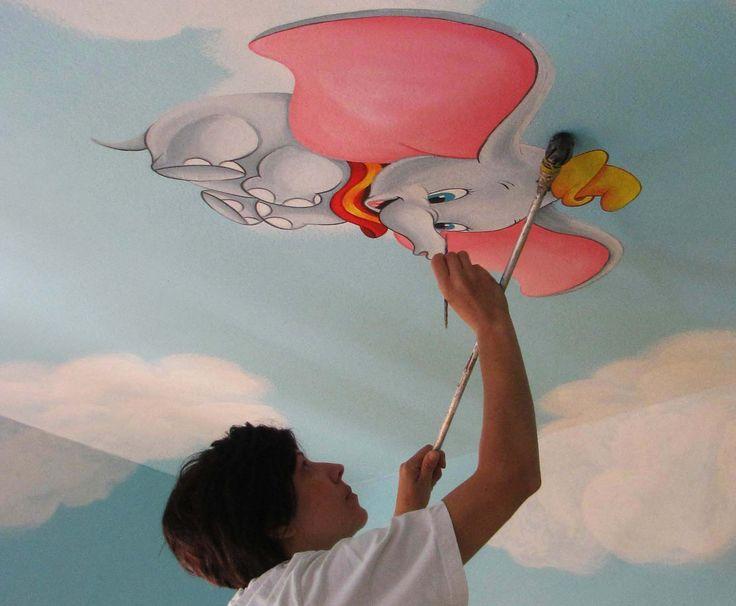Ντάμπο το ελεφαντάκι ζωγραφική σε οροφή