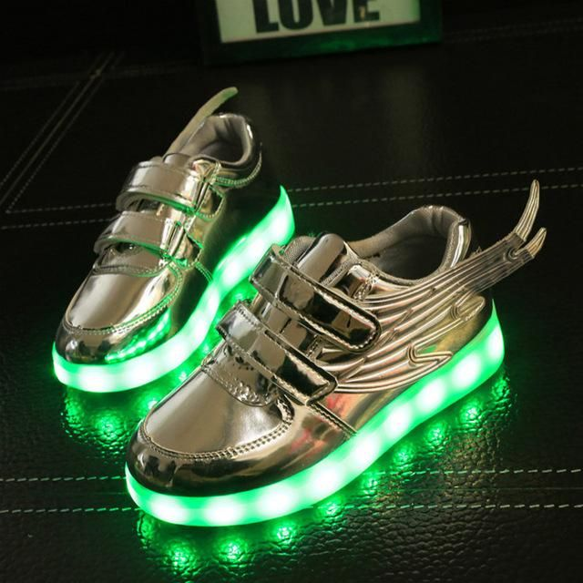 NEW SOILD Glowing Sneakers for Girls