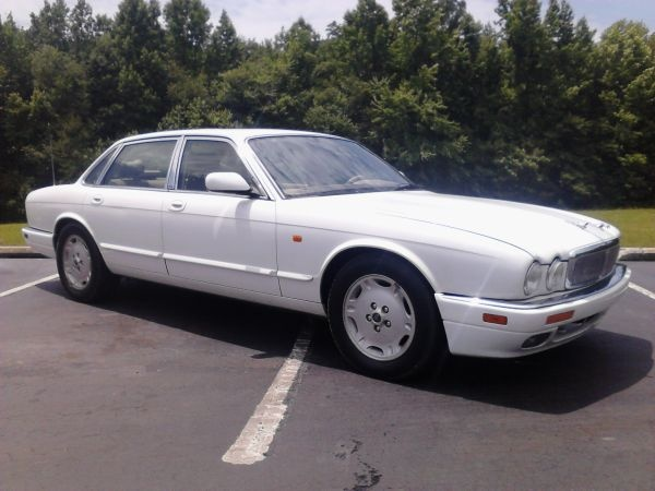96 jaguar xj6 - $2700 (beechgrove)  Date: 2012-06-14, 10:13PM CDT  Reply to: qqzxv-3057731569@sale.craigslist.org [Errors when replying to ads?]  This car is clean inside and out runs and drives great cold ac everything works get ready to ride in style at a great price too call kenny at 19319280461