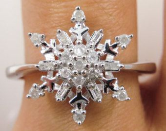 Reserved.......0.35ct Estate Vintage Diamond Snowflake Cluster Engagement Ring 14k White Gold