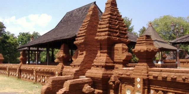 #Keraton #Kasepuhan #Cirebon