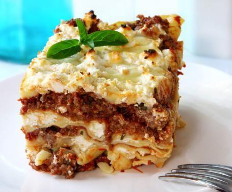 Neapolitan Lasagna - Lasagna napoletana: la ricetta per preparare la lasagna napoletana