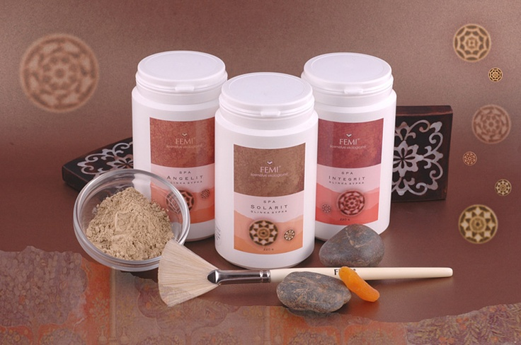 Clays (Angelit, Integrit and Solarit) are rich in minerals absorbing fats and metabolic remnants that are toxic to the skin. Easily uptaken ions of various minerals are necessary to maintain proper metabolic transformations. Angelit clay mask purifies oily skin by regulating the work of sebaceous glands. Integrit clay mask purifies and soothes sensitive skin with a vascular problem. Solarit clay mask cleanses, drains and firms slack skin.