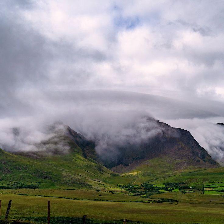 Ireland Landscape Videos Ireland Landscape Videos Irlandschaft Landschaftsvideos Irlande Paysage Vid In 2020 Ireland Landscape Scenery Beautiful Places On Earth