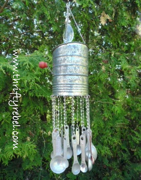 vintage-sifter-wind-chimes