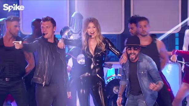 Gigi Hadid sizzles in latex jumpsuit as she performs with Backstreet Boys for Lip Sync Battle - Irish Mirror Online - Gigi Hadid sizzles in latex jumpsuit as she performs with ...