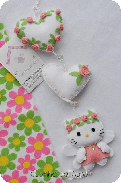 Felt Mobile Hello Kitty