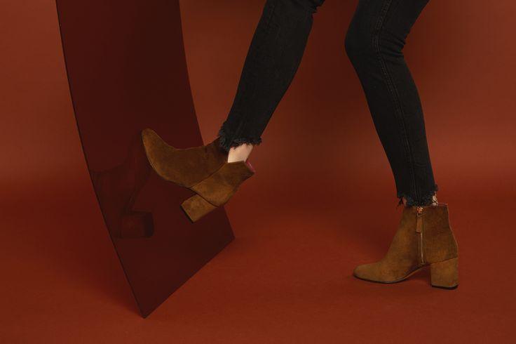Virgin velours rhum #anaki #shoes #boots #vintage #bottines #chaussures #velours #velvet #daim #boots #ootd #frenchdesigner #femmes #womenshoes