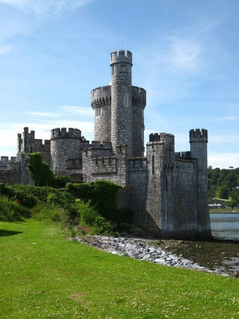 Blackrock Castle in Cork city, Ireland [3 pictures]