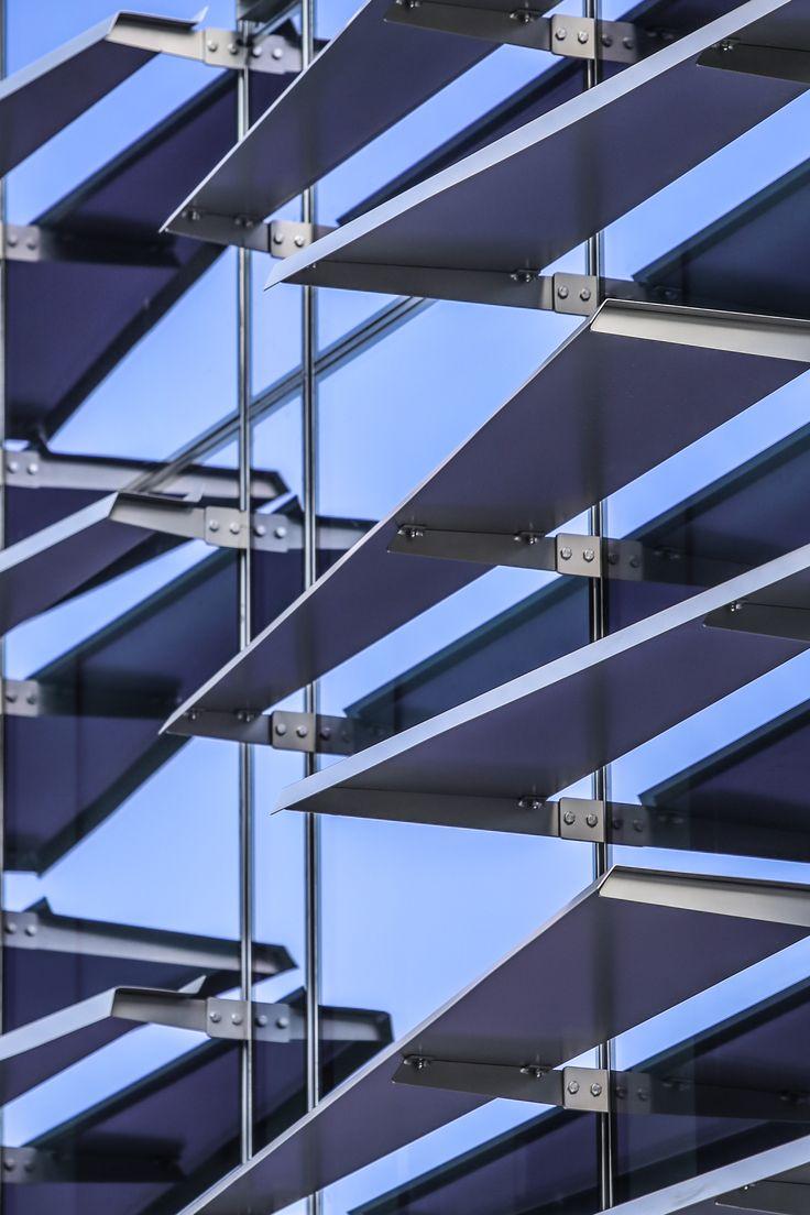 Clarence Reardon Centre Shading device, Solar shades